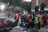 İzmir'de 6.6 büyüklüğünde deprem | Hayatını kaybedenlerin sayısı 85'e yükseldi,  arama-kurtarma çalışmaları sürüyor