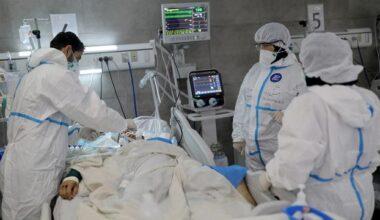 COVID-19 krizi: Hastanelerde yer kalmadı